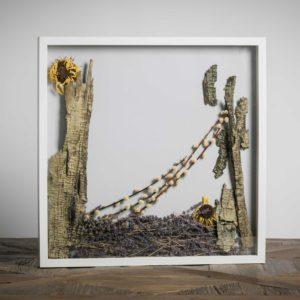 Senza titolo - materiali: cortecce, girasoli, lavanda - 50x50 cm
